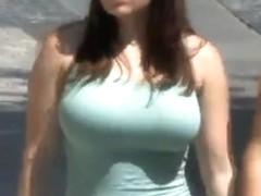 Candid - Busty Bouncing Tits Vol 8