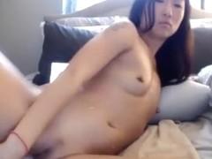 Pretty hongkong girl masturbate