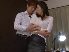 Yukino Shindou hot mature Asian model gets it doggy style