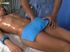 Nude massage session with spicy brunette