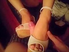 Asian Shoejob & Footjob (Cumshot)