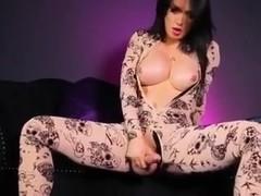 Shemale Bianka and Her Juicy Cock