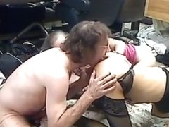 Old hippy has a threesome with 2 bitches on the floor