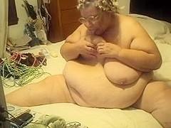 Fat old slut making sexy webcam show