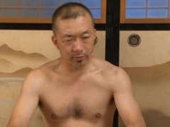 Yumi Kazama´s Got Two Guys After Her Sweet Mature Body