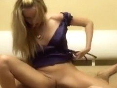 I'm giving a footjob in this homemade couple sex clip