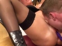 German Porn Hot-Barbie Im Klassenzimmer