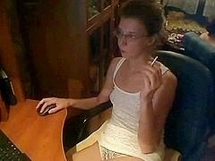Hawt Woman on Webcam