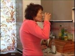 granny masturbating with bottle