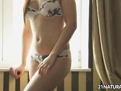 21Sextury XXX Video: Toe-gather