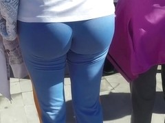 Sexy runners in tight spandex