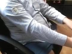 Vom Chef beim Diebstahl erwischt! Mist!