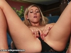 Lilly Banks - Masturbation Movie