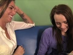 Naive Lesbian Teen Carmen Seduced By Juelz Ventura