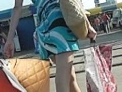 Dilettante lengthy legs widen on up petticoat vid