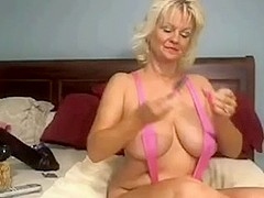 Tammy123 Masturbates With a BIGGEST Sex Toy