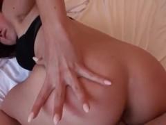 Yummy gal Josi Valentine rides on a large cock