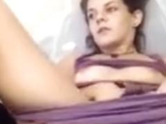 Dankpeach420 masturbates in front of webcam