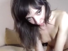 Evakiss stripped topless on webcam