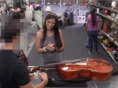Brazilian lady pawns a stuff and rammed at the pawnshop