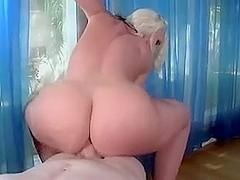 voluptuous milf anal