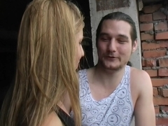 Roxana in pick up sex video of a couple shagging on a bike
