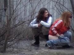 Girls Pissing voyeur video 111