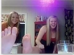 legal age teenager feet
