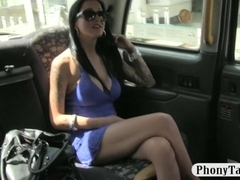Huge boobs biatch fucked in the backseat for a free fare