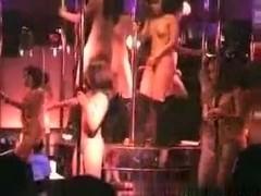 Pattaya asian girls poledancing naked in a bar
