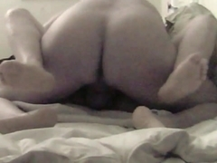 Homemade Anal : deep in Booty Milf's anus