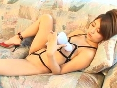 HASEGAWA Miku and massage machine
