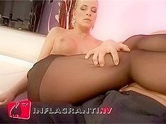 Wunderbar die Steffi fickt in Stockings - Foot Fetish