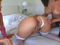 Gizzelle Royal,  Natalia Woods,  Sophia Castello and their huge asses