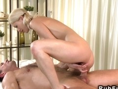 Blonde massuese get fucked till huge cumshot