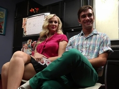 Best teen, fetish sex video with horny pornstars Julia Ann and Logan Pierce from Footworship