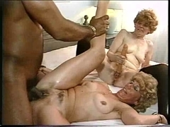 two big beautiful woman GRANNIES FUCK DARK KNOB