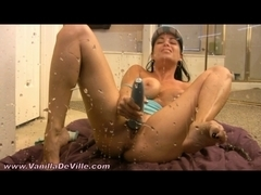 Playful mother I'd like to fuck Vanilla DeVille squirts at your face