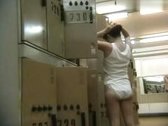 Hidden Camera Video. Dressing Room N 669