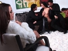 Jennifer Dark & Renee Perez in foursome