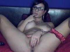 Doxy nude and masturbating on webcam