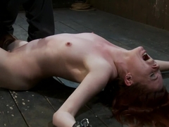 Lilla KattHow do you make a lifestyle submissive cry with out hurting her?