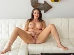 Yasmin Scott in Luscious Tits Nuru Massage Video