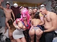 DareDorm Clip: Fresh years party