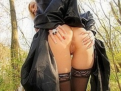 Outdoor fellatio sex and cum eating