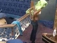 Big Brother's friend 9 usa Jen Drops Towel Flashes Cam