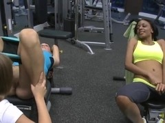 Gigi, Mercedes Lynn & Vivian Versace have sex