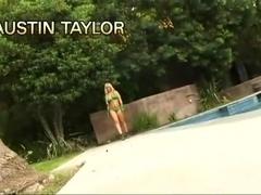 Austin Taylor slammed in her snatch