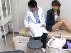 Cute Japanese floozy sucked and fucked her gyno