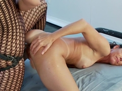 Hottest Electrofuck Ever!!